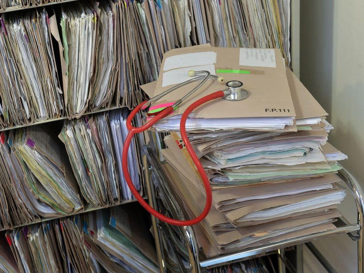 Medical professionals criticise 'inadequate' communication over NHS data system
