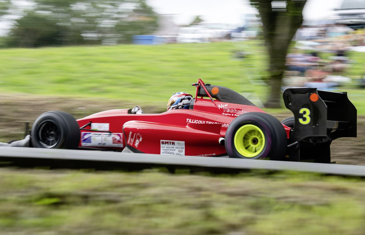 Round winner Wallace Menzies. (Picture by Andrew Le Poidevin, 25297870)