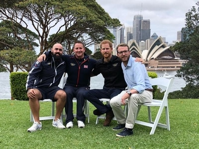 Harry hails Invictus families as role models
