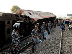 11 killed after Egypt train accident