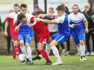 Picture by Sophie Rabey.  01-11-20.  Football action at KGV - Rovers vs Sylvans. (28864430)