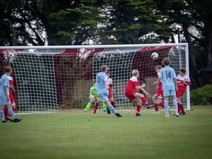Picture By Sophie Rabey.  08-09-21.  Football Action at St Peters Under16s - Sylvans V North. (29968983)