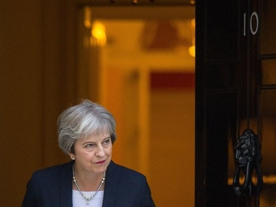 Theresa May in new call to EU leaders for Brexit compromise