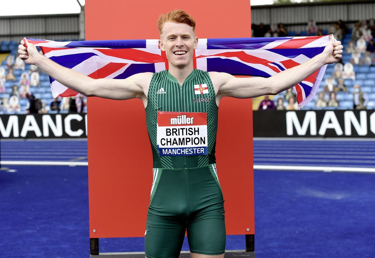 Ala Chalmers celebrates after retaining his British 400m hurdles title. (Picture by Mark Shearman, 29701558)