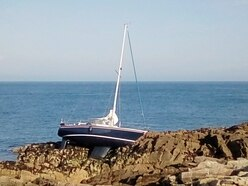 Dutch yacht falls victim to Raz's currents