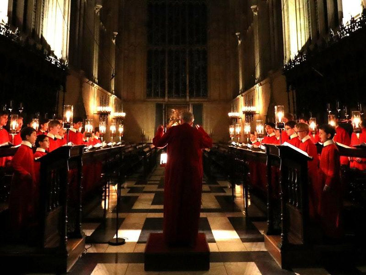 World-famous Christmas Eve carol service to go ahead, says college