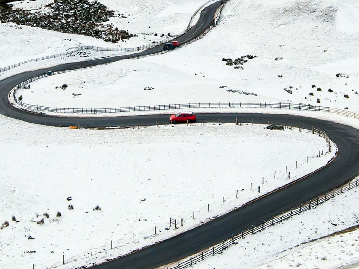 Weather warnings over snow for parts of UK