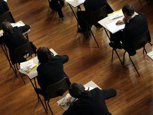 School exam (29535126)