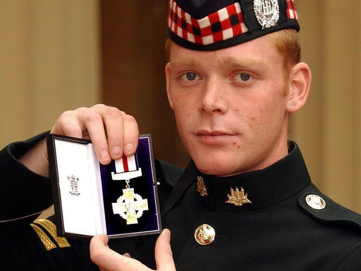 Ex-soldier raises £140,000 for family home by selling medal awarded for bravery