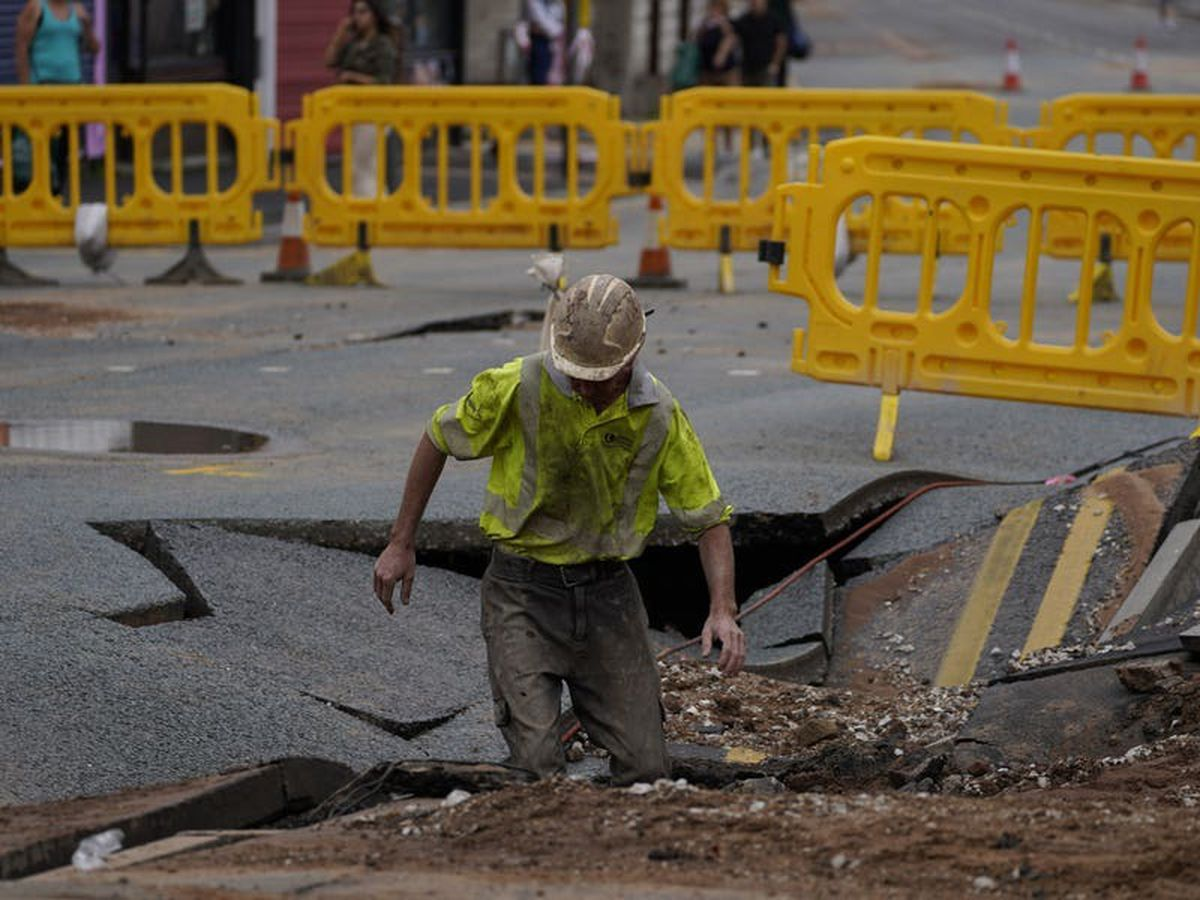 Repairs carried out to sinkhole caused by burst water main