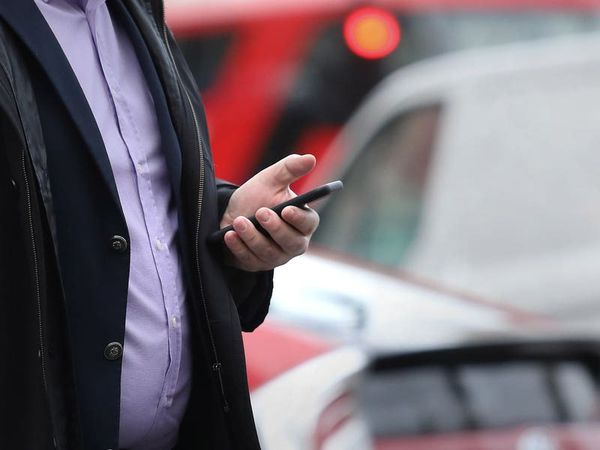 Government tests emergency terror alert system that sounds siren from mobiles