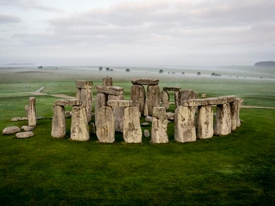 Experts unite to condemn plans for road tunnel past Stonehenge