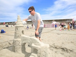 Vazon's sands turned into art – temporarily