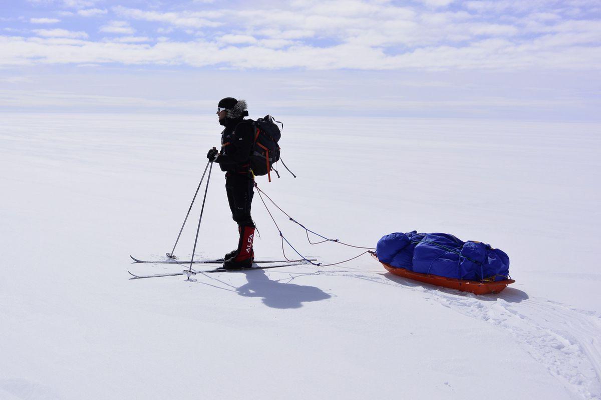 Dr Gareth Andrews. Greenland ice sheet. (28801622)