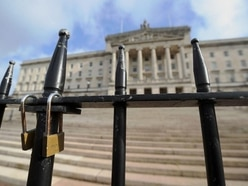 Stormont to host last-ditch talks to save powersharing in Northern Ireland