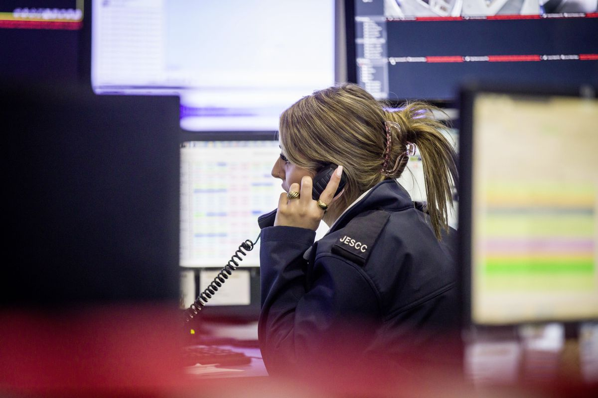 Picture by Sophie Rabey.  13-10-20..A day in the life of JESCC at the Police Station.  Joint Emergency Services Control Centre..Mia Musto. (28810331)