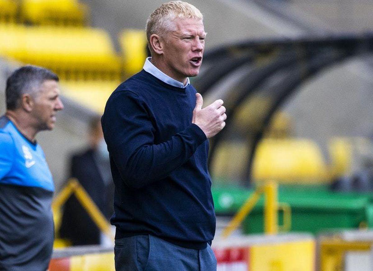 Livingston boss Gary Holt defends loan keeper Robby McCrorie over blunder