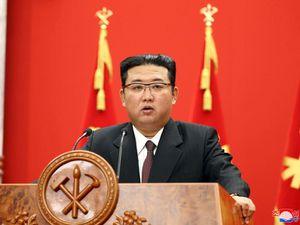 North Korea tests possible submarine missile amid tensions