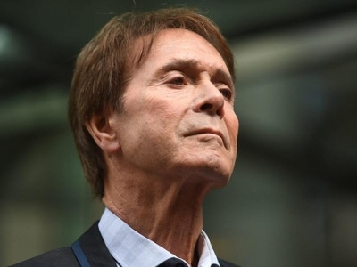 Cliff Richard 'choked up' after winning privacy fight with BBC