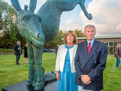 Donkey statue unveiled at Le Friquet