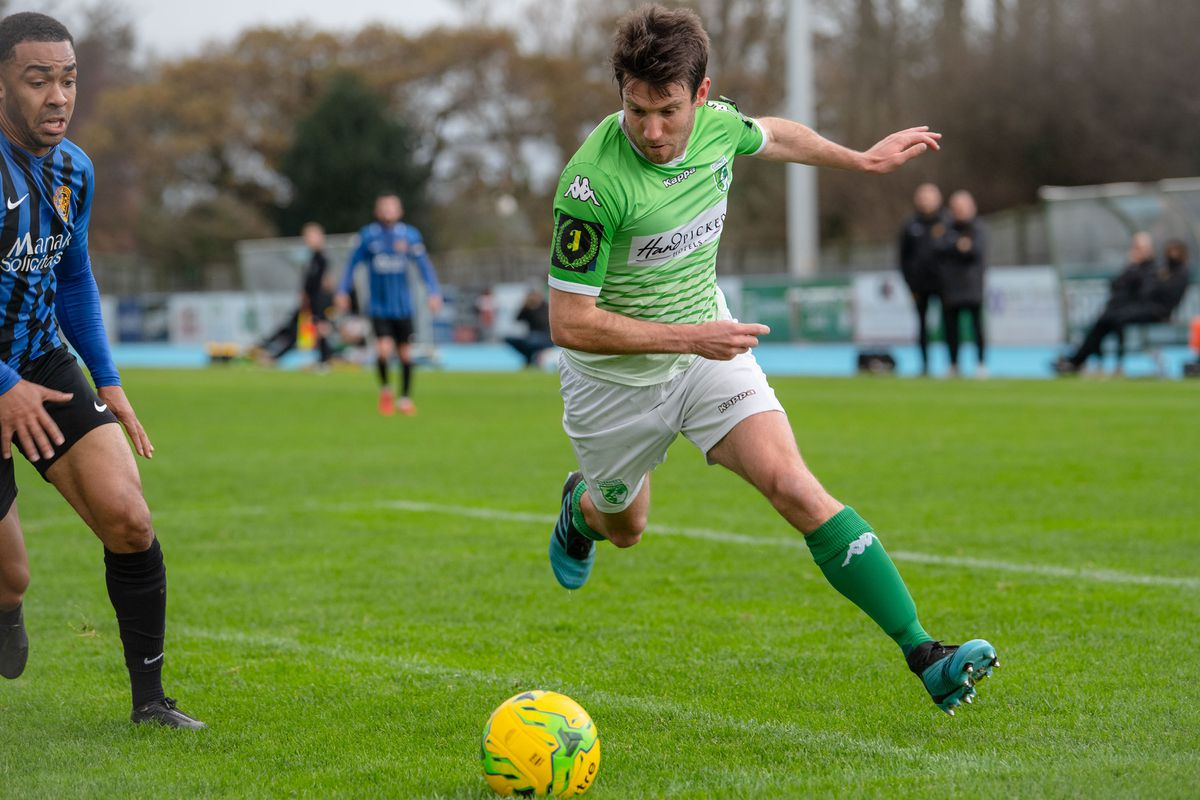 Ross Allen in action for GFC in the null-and-void 2019-20 season. (Picture by Andrew Le Poidevin, 29558709)