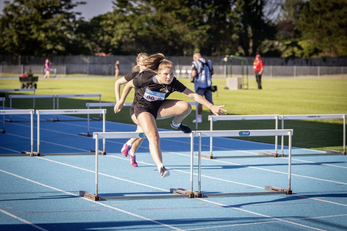 Stylish: Macy Ozard shows decent technique on the Footes Lane track. (Picture by Sophie Rabey, 28477214)