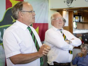 Raiders chairman Charles McHugh introduced former Bailiff Sir Richard Collas at Saturday's unveiling of the Guernsey Rugby Club's new mural.