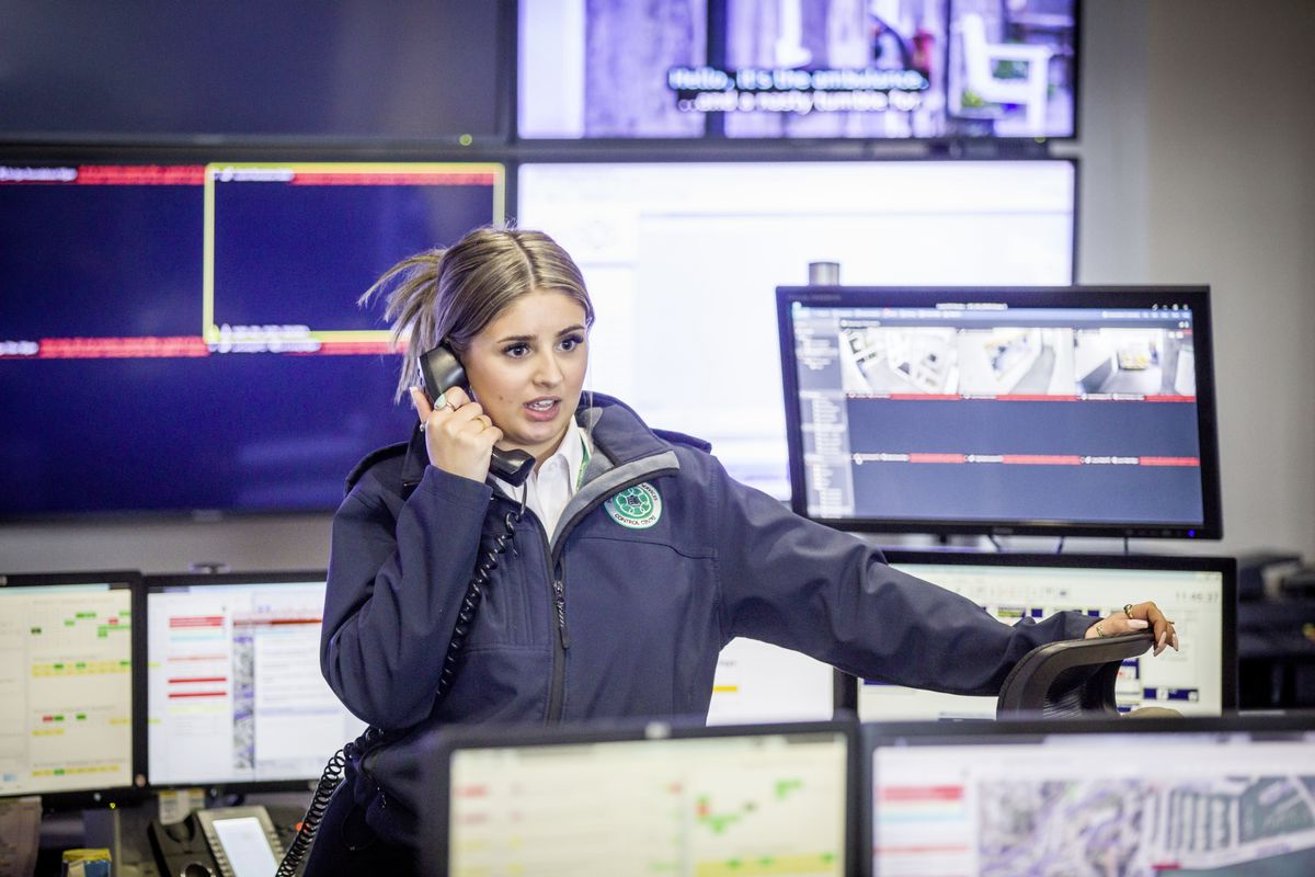 Picture by Sophie Rabey.  13-10-20..A day in the life of JESCC at the Police Station.  Joint Emergency Services Control Centre..Mia Musto. (28810339)