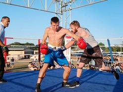 White collar boxing event attracts 1,300