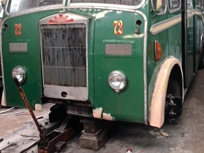 Enthusiasts keen to get former island bus on roads