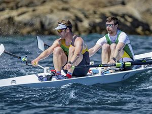 Guernsey Rowing.The Around Jethou Race 11630m ..Havelet Bay/Jethou..www.guernseysportphotography.com .Picture by Martin Gray, 05-06-21. (29624929)