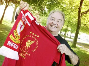 Pic by John O'Neill 27-05-05..Gerry and the Pacemakers frontman Gerry Marsden is very happy about the luck the Liverpool Football Club had during the European Cup Final. ;-)........................................REF: 0205611. (29080289)