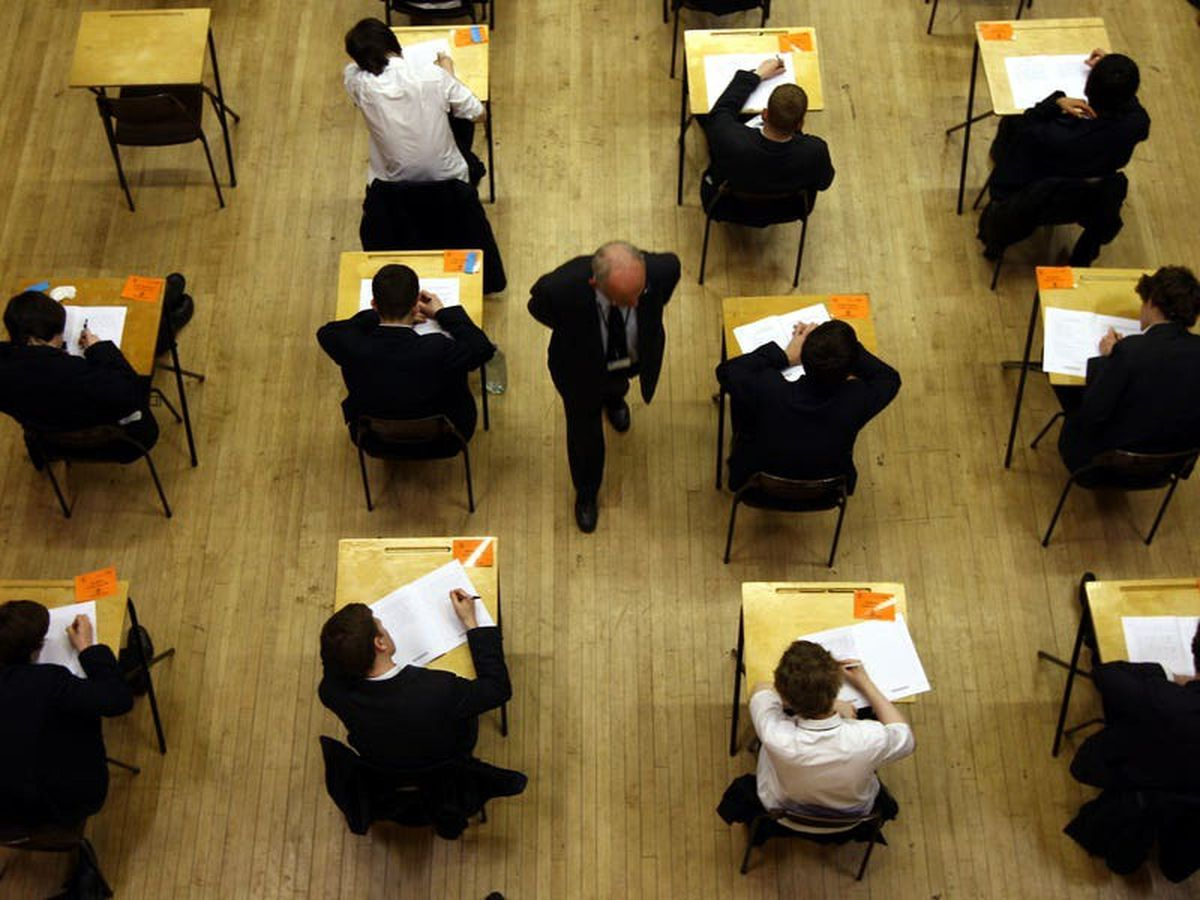 Scrapping GCSEs would 'fail the most disadvantaged children', says minister